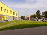boční pohled na obchodní dům - Pronájem komerčního objektu 1500 m², Kolín