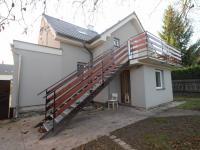 pohled ze zahrady - Pronájem bytu 3+kk v osobním vlastnictví 64 m², Uhlířské Janovice