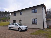 Prodej domu v osobním vlastnictví 190 m², Všechlapy