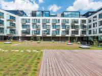 vnitroblok komplexu (Prodej bytu 5+kk v osobním vlastnictví 211 m², Praha 5 - Smíchov)