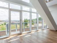 obývací pokoj (Prodej bytu 3+kk v osobním vlastnictví 129 m², Praha 5 - Smíchov)