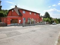 Prodej domu v osobním vlastnictví 330 m², Praha 8 - Troja