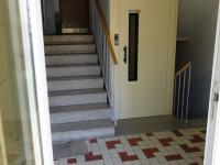 Bezbariérový vchod (Prodej bytu 3+1 v osobním vlastnictví 85 m², Litomyšl)