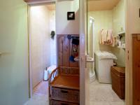 wc, koupelna - Prodej bytu 3+1 v osobním vlastnictví 72 m², Praha 10 - Záběhlice