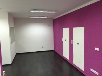 Pronájem obchodních prostor 19 m², Valašské Meziříčí