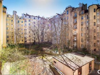 Prodej bytu 5+1 v osobním vlastnictví, 104 m2, Praha 3 - Žižkov