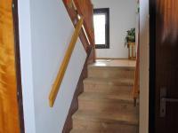 Schodiště do patra (Prodej domu v osobním vlastnictví 250 m², Řepiště)