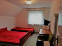 Menší pokoj v patře (Prodej chaty / chalupy 160 m², Trojanovice)