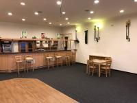 salonek v patře - Prodej komerčního objektu 997 m², Jihlava