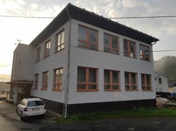 Prodej komerčního objektu 700 m², Nový Hrozenkov