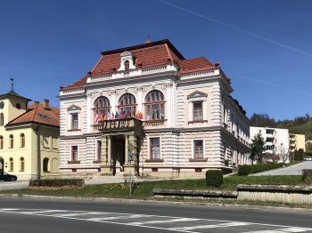 Prodej komerčního objektu 1379 m², Vsetín
