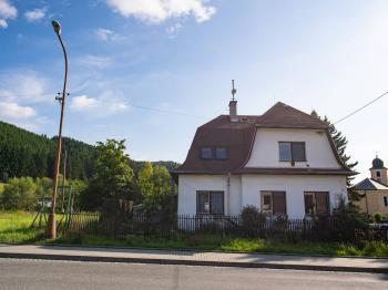 Prodej domu v osobním vlastnictví 350 m², Vsetín