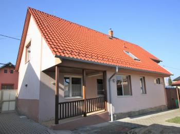 Prodej domu v osobním vlastnictví 154 m², Libiš