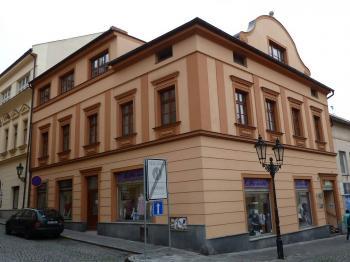 Pohled na budovu - Pronájem komerčního objektu 20 m², Klatovy