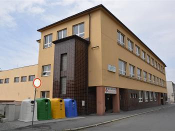 Pohled na budovu - Pronájem skladovacích prostor 100 m², Klatovy