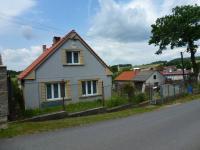 Prodej domu v osobním vlastnictví 243 m², Čmelíny