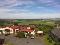 Prodej hotelu 1600 m², Díly