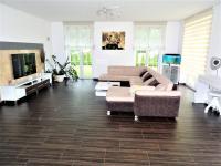 Prodej domu v osobním vlastnictví 213 m², Blovice