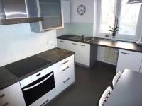 kuchyně (Prodej bytu 2+1 v osobním vlastnictví 70 m², Plzeň)
