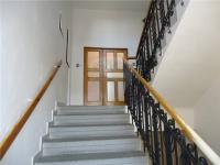 schodiště - Pronájem kancelářských prostor 381 m², Plzeň
