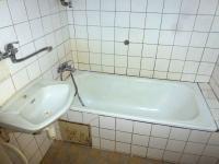 koupelna - Prodej bytu 3+1 v osobním vlastnictví 80 m², Kasejovice