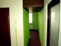 chodba do kuchyně - Prodej bytu 3+1 v osobním vlastnictví 68 m², Plzeň