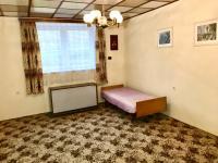 Pokoj 4 - Prodej domu v osobním vlastnictví 200 m², Mochtín