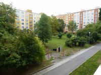 pohled z okna kuchyně - Pronájem bytu 2+1 v osobním vlastnictví 49 m², Plzeň