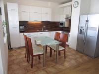 Pronájem bytu 3+1 v osobním vlastnictví 114 m², Břeclav