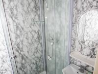 Koupelna (Prodej bytu 3+1 v osobním vlastnictví 72 m², Brno)