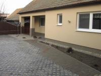 Pronájem domu v osobním vlastnictví 75 m², Břeclav
