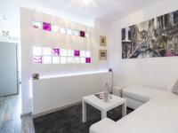 Obývací pokoj (Prodej bytu 2+kk v družstevním vlastnictví 47 m², Brno)