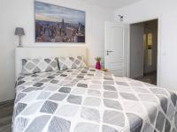 Samostatný pokoj 12 m2 se západní orientací (Prodej bytu 2+kk v družstevním vlastnictví 47 m², Brno)