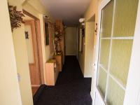 Vstup do domu (Prodej domu v osobním vlastnictví 286 m², Babice nad Svitavou)