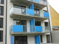 pohled na dům ze dvora (Pronájem bytu 1+kk v osobním vlastnictví 43 m², Brno)