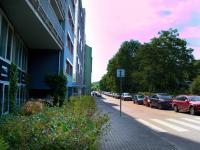 Podnádražní ulice (Prodej bytu 1+kk v osobním vlastnictví 32 m², Praha 9 - Vysočany)