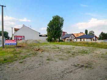 Prodej pozemku 1687 m², Břeclav