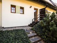 Vchod do bytu (Pronájem bytu 3+kk v osobním vlastnictví 140 m², Kovalovice)