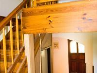 Schodiště do podkroví - Prodej domu 147 m², Strhaře