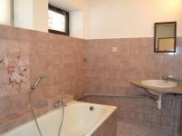 Koupelna - Prodej domu 147 m², Strhaře
