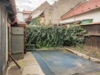 Dvůr se zahrádkou  - Prodej domu v osobním vlastnictví 100 m², Kroměříž