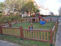 herní prvky před domem - Prodej bytu 3+1 v osobním vlastnictví 73 m², Brno
