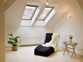 Obývací pokoj propojený i oddělený - Prodej bytu 4+kk v osobním vlastnictví 138 m², Brno