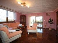 Obývací pokoj - Prodej domu v osobním vlastnictví 235 m², Hluboké Mašůvky