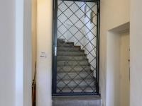 vstup do patra - Pronájem bytu 2+1 v osobním vlastnictví 62 m², Brno