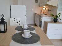 Jídelní a kuchyňský kout - Prodej bytu 1+kk v osobním vlastnictví 30 m², Brno