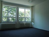 Pronájem komerčního prostoru (kanceláře) v osobním vlastnictví, 27 m2, Břeclav