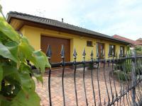 Prodej domu v osobním vlastnictví, 167 m2, Pohořelice
