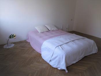 Ložnice 12,8 m2 - Prodej bytu 3+1 v osobním vlastnictví 66 m², Brno