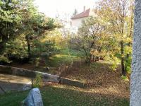 Pozemek náležící k domu - Prodej bytu 3+1 v osobním vlastnictví 66 m², Brno